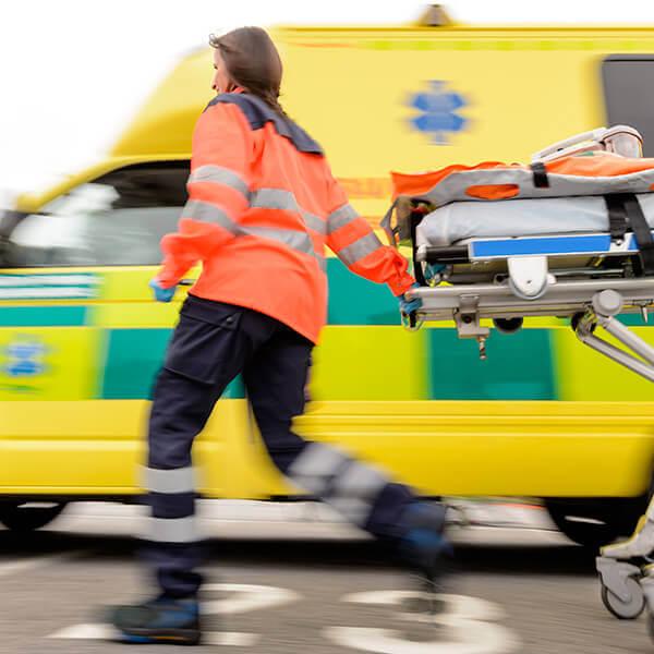 Especialista en enfermería en el SVA y urgencias vitales online