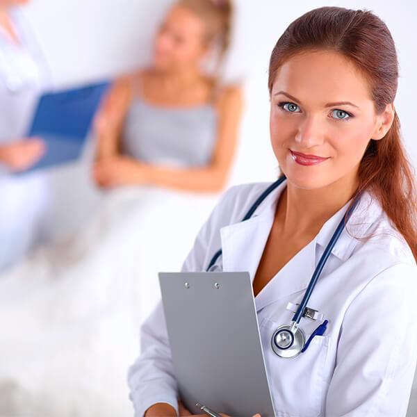 Certificado en procedimientos de urgencias en enfermería laboral online