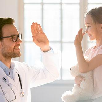 Curso Universitario en Enfermería Pediátrica online